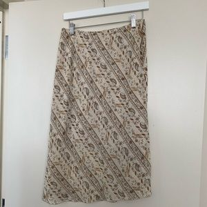 Dresses & Skirts - Floral Paisley Midi Skirt